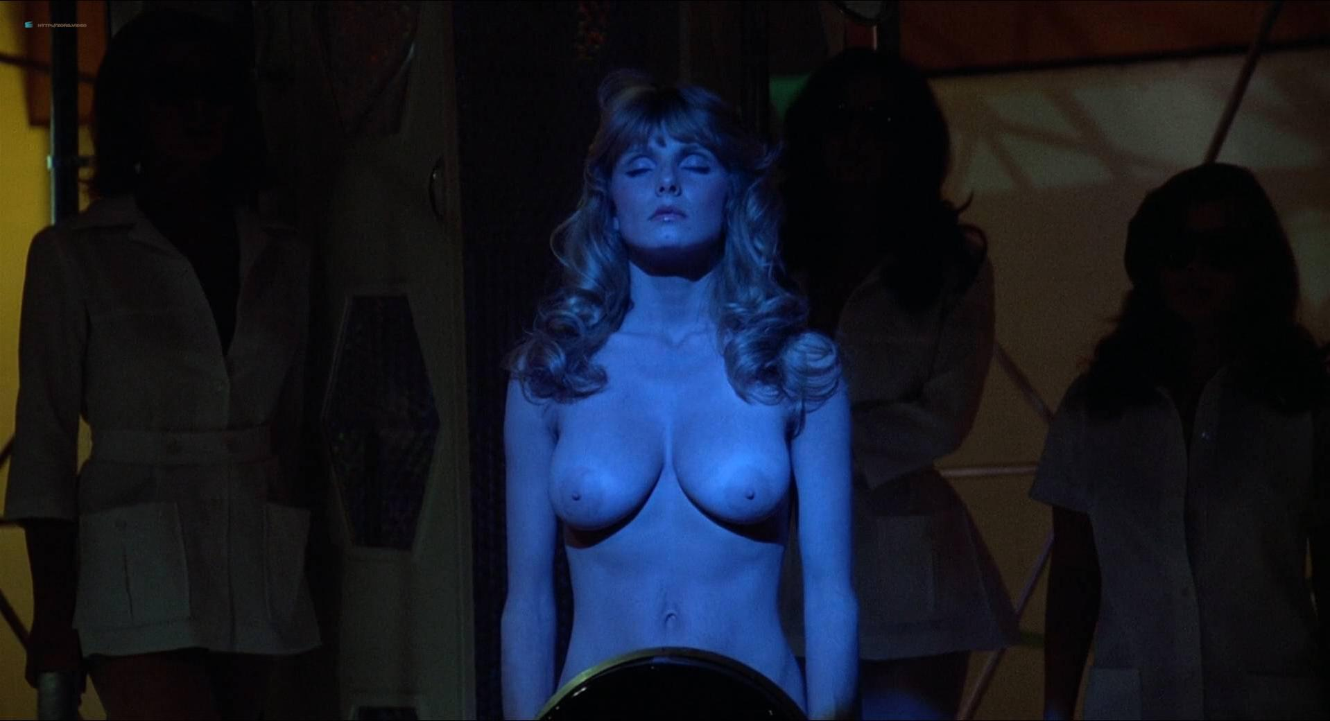 Victoria Vetri nude, Anitra Ford nude - Invasion of the Bee Girls (1973)