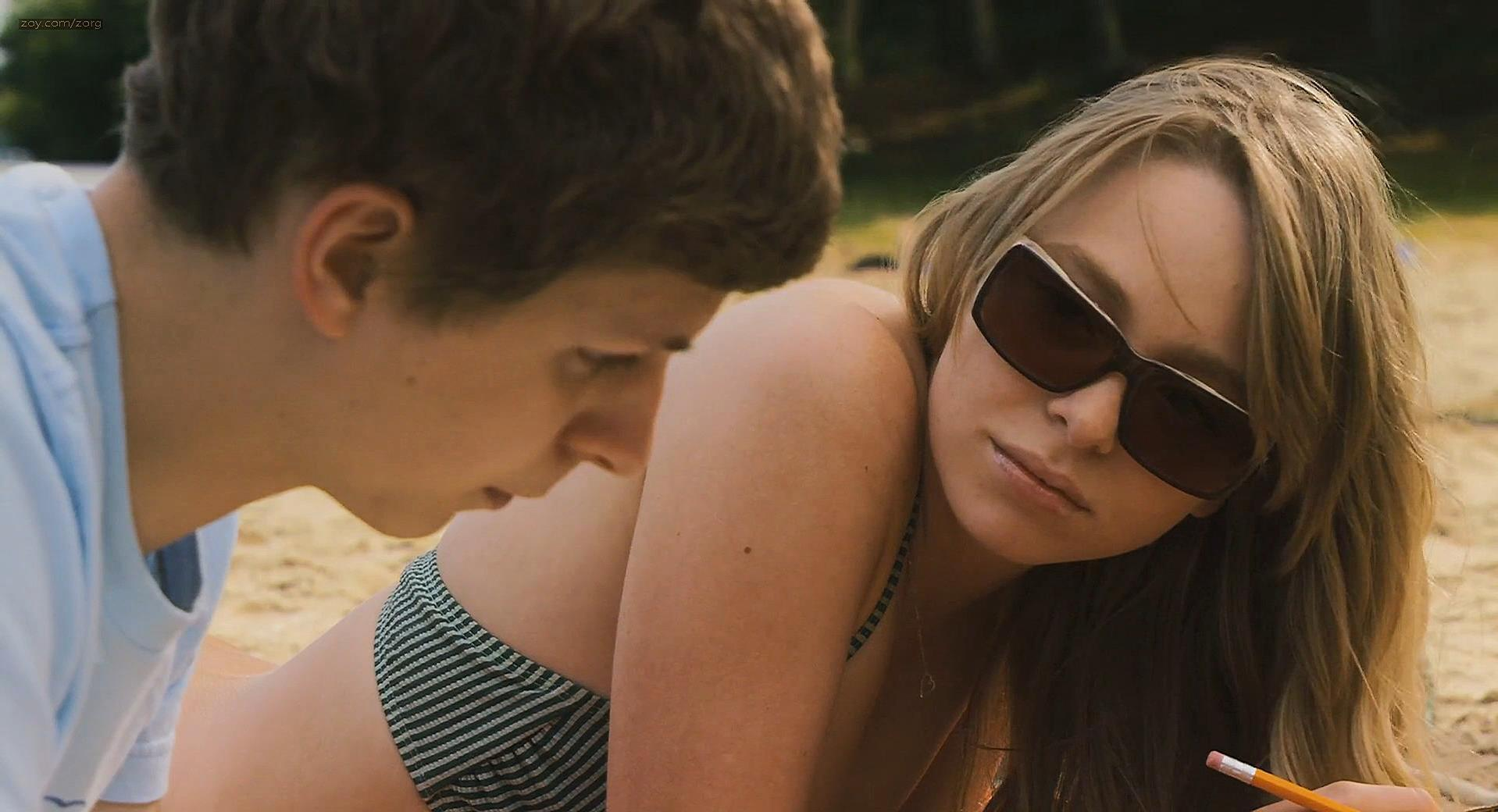 Rooney Mara sexy, Portia Doubleday sexy - Youth in Revolt (2009)