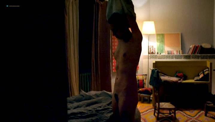 Ondina Quadri nude, Valentina Carnelutti nude - Arianna (2015)