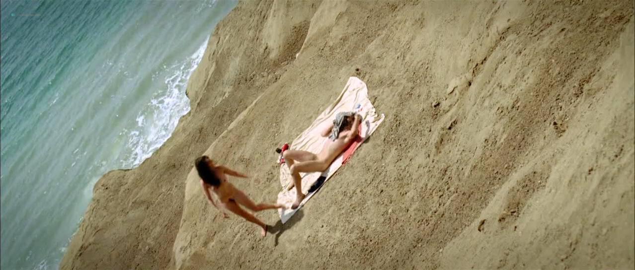 Vahina Giocante nude - Paradise Cruise (2013)