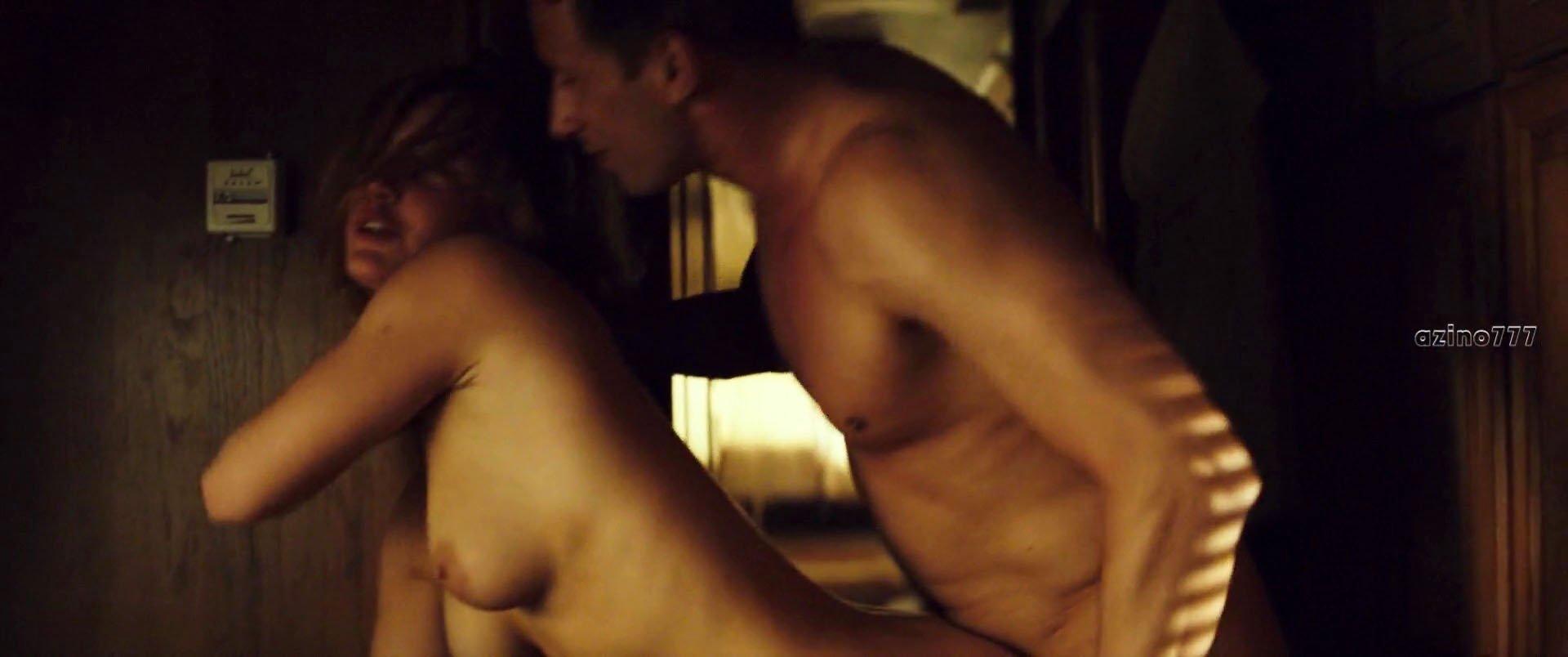 Adele exarchopoulos nude sex scene in le fidele 7