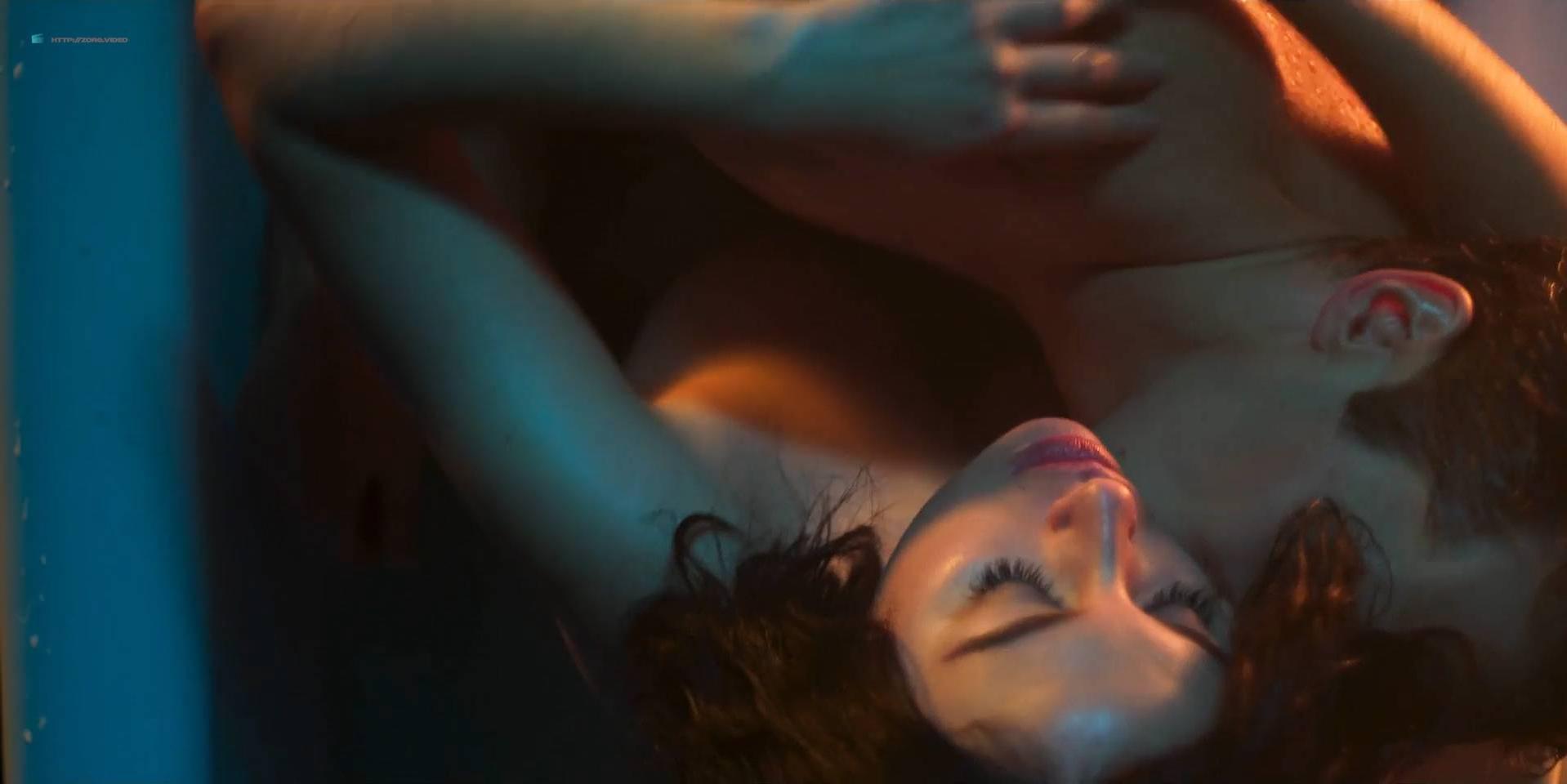Blanca Suarez nude, Ana Polvorosa nude - Cable Girls s01 (2017)