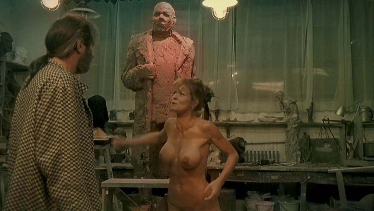 Vilma Seidlova nude, Hana Seidlova nude - Pupendo (2003)