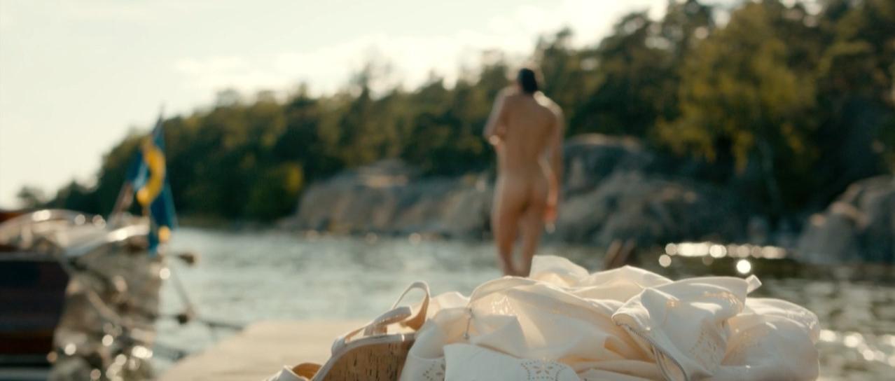 Tuva Novotny nude - Mordaren ljuger inte ensam s01e01 (2013)