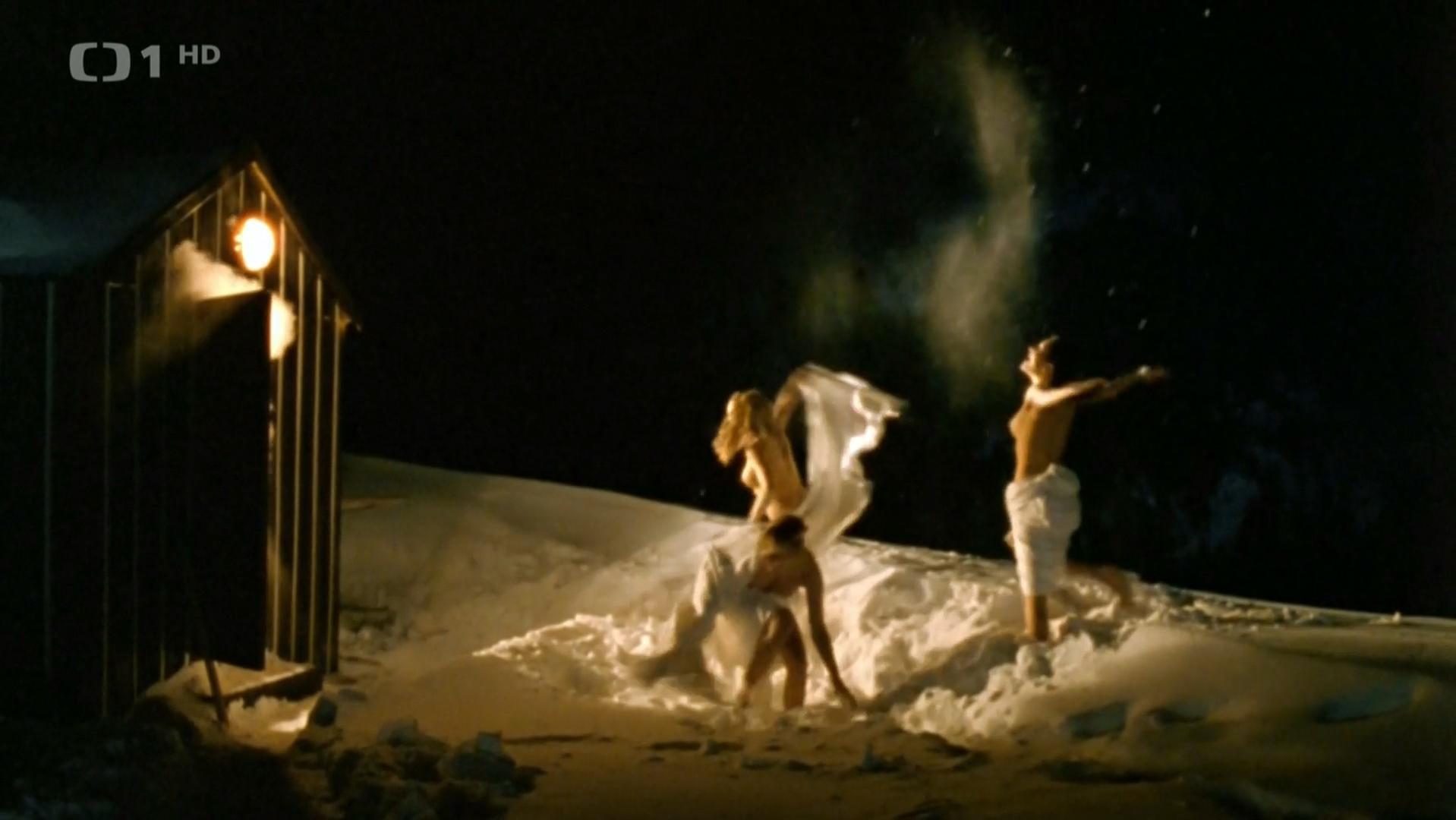 Lucie Vondrackova nude, Barbora Seidlova nude, Martina Klirova nude - Snowboarders (2004)