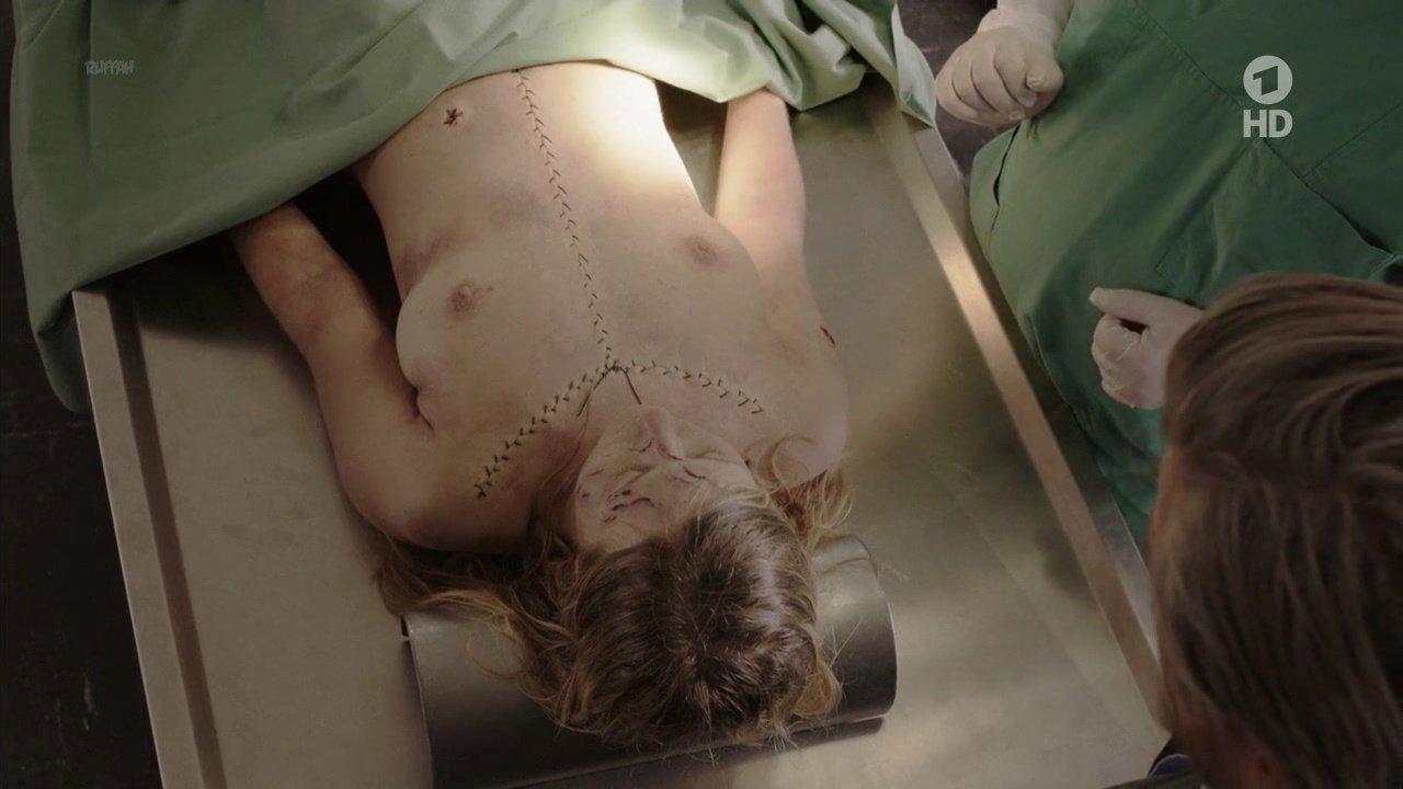 Anna Drexler nude - Harter Brocken (2015)