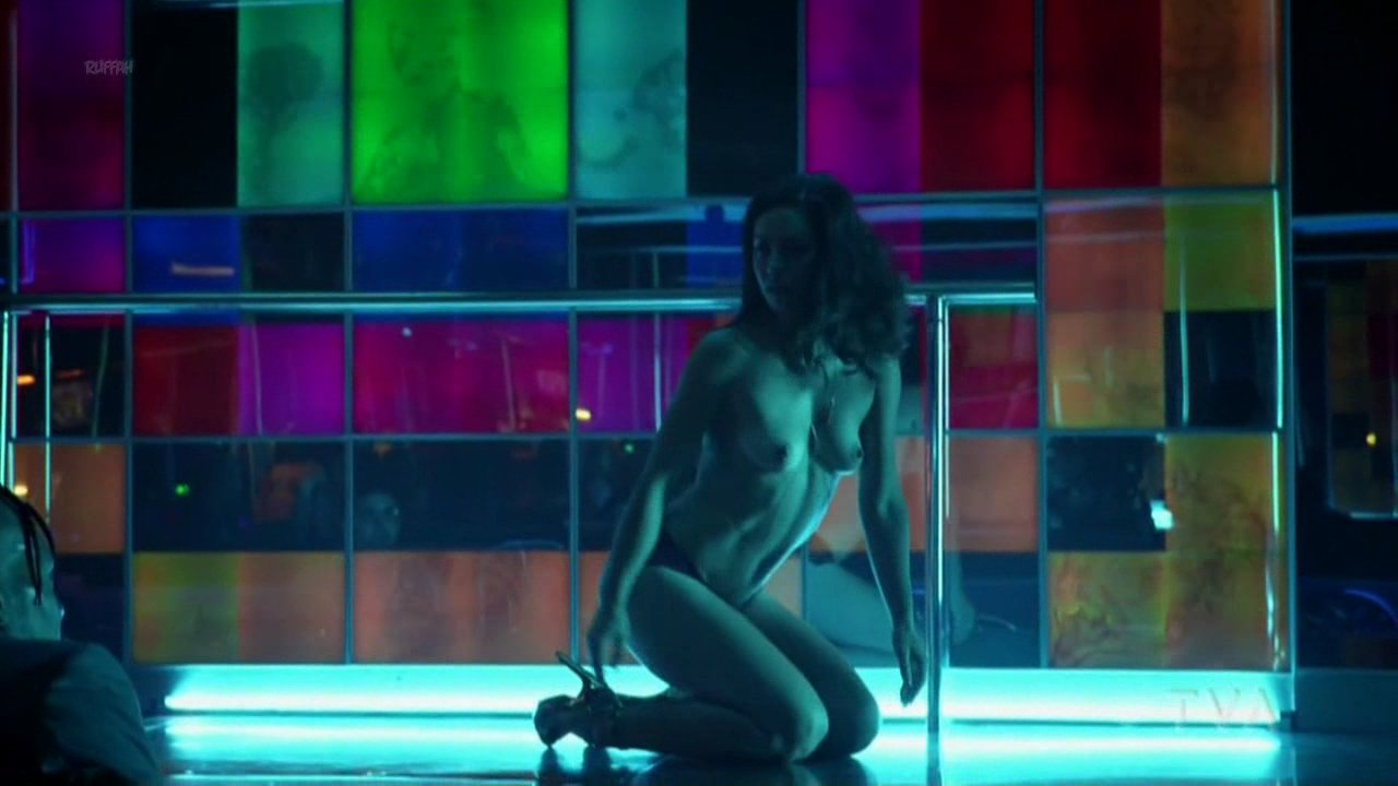 Kimberly Laferriere nude - Fugueuse s01e02 (2018)