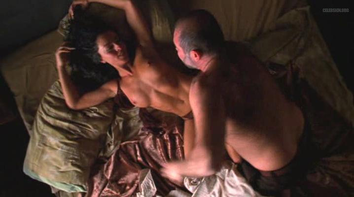 Ivonne Montero nude - Asesino En Serio (2002)