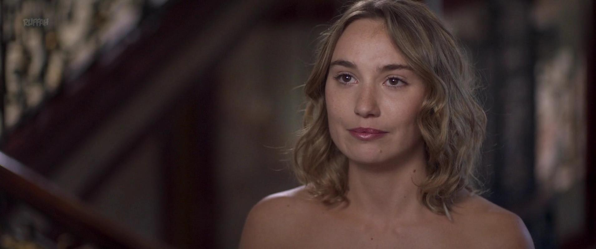 Deborah Francois nude - Loue Moi (2017)