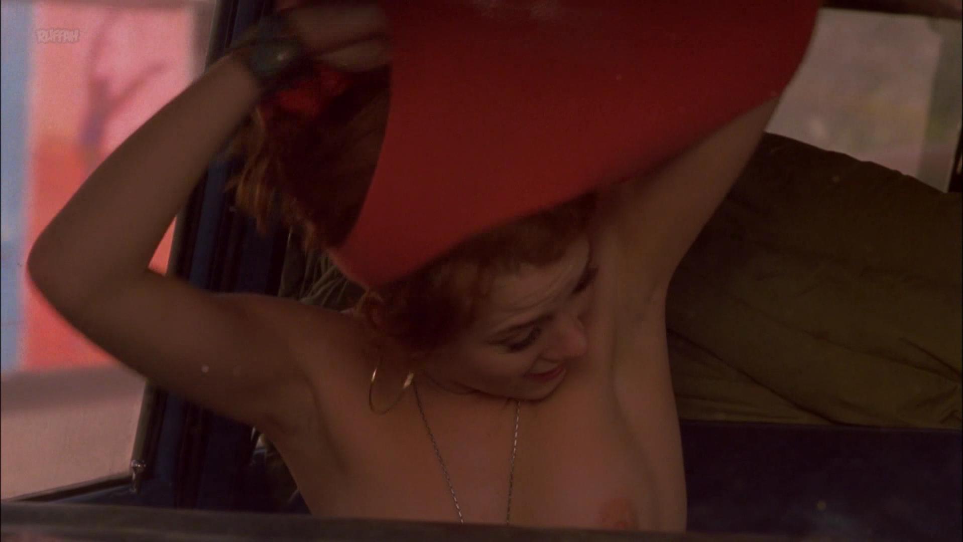 Anna Friel nude - Sunset Strip (2000)