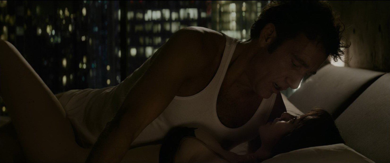 Amanda Seyfried nude - Anon (2018)