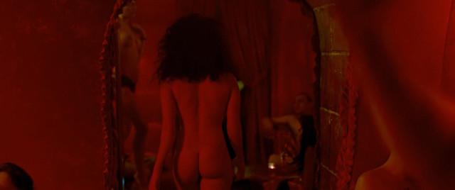 Sabrina Ouazani nude - De l'autre cote du periph (2012)