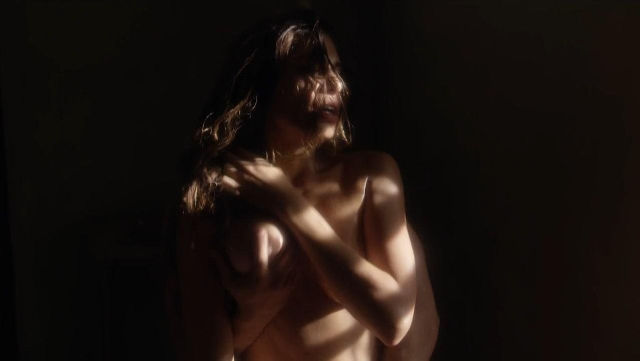 Rayna Tharani nude - The Young Pope s01e06 (2016)