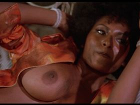 Pam Grier nude - Foxy Brown (1974)
