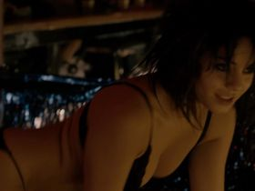 Vanessa Hudgens sexy - The Frozen Ground (2013)