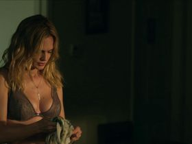 Heather Graham sexy - At Any Price (2012)