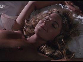 Natasha Richardson nude - The Comfort of Strangers (1990)