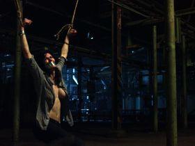 Alexandra Daddario sexy - Texas Chainsaw (2013)