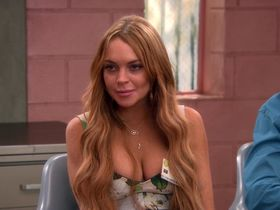 Lindsay Lohan sexy - Anger Management s02e12 (2013)