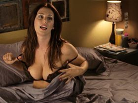 Diora Baird sexy - Young People Fucking (2007)