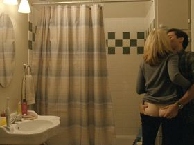Elizabeth Banks nude - The Details (2011)