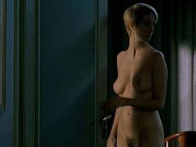 Sandrine Kiberlain nude - Les patriotes (1994)