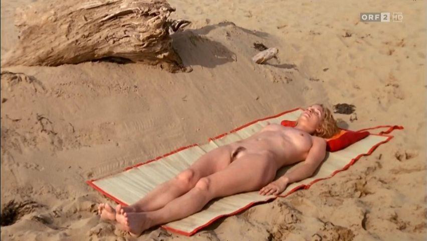 Sexy Nude Photos Of Stephanie Powers Scenes