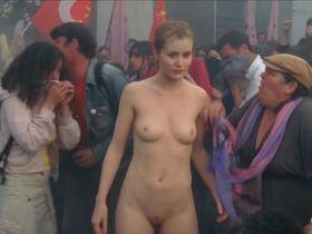 Peggy Martineau nude - Les vivants et les morts s01e07 (2009)