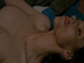 Beatrice Dalle nude - Trouble Every Day (2001)