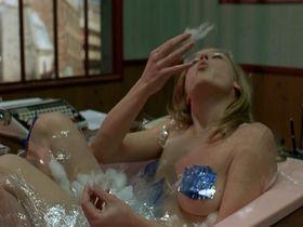 Aurelia Petit nude - La science des reves (2006)