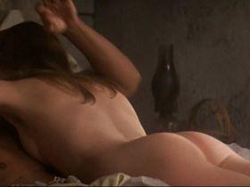 Isabelle Huppert nude - Heaven's Gate (1980)