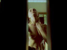Saskia Valencia nude - Kopf oder Zahl (2009)