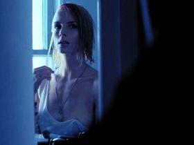Amber Marie Bollinger nude - Listening (2014)