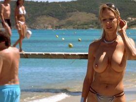 Estelle Laurence Allendy nude - Les randonneurs a Saint-Tropez (2008)