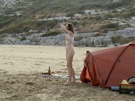 Esther Zimmering nude, Janina Rudenska nude, Elisabeth-Marie Leistikow nude - Ins Blaue (2012)