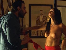 Ylenia Baglietto nude - Ocho apellidos catalanes (2015)