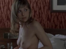 Sophie Cattani nude - Selon Charlie (2006)