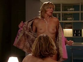 Kim Cattrall nude - Sex and the City s06e12 (2003)