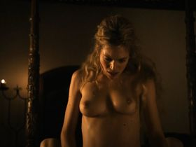 Julie Engelbrecht nude - Das Vermaechtnis der Wanderhure (2012)