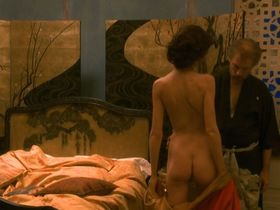 Saffron Burrows nude - Klimt (2006)