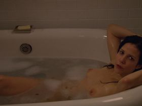 Mary-Louise Parker nude - Weeds s03-08 (2007-2012)