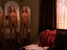 Elizabeth Perkins nude - Weeds s03e08 (2007)