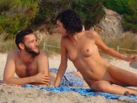 Olivia Delcan nude - Isla Bonita (2015)