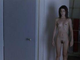 Efi Logginou nude - 45m2 (2010)