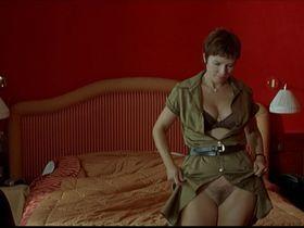 Karin Viard nude - Les derniers jours du monde (2009)
