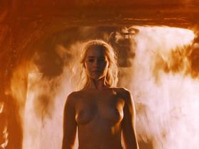 Emilia Clarke nude - Game of Thrones s06e04 (2016)