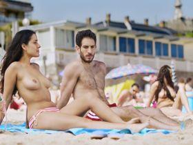 Inma Cuesta nude - Primos (2011)