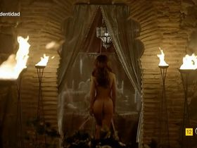 Veronica Sanchez nude, Megan Montaner nude - Sin identidad s01 (2014-2015)