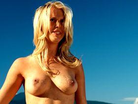 Chelan Simmons nude - Good Luck Chuck (2007)