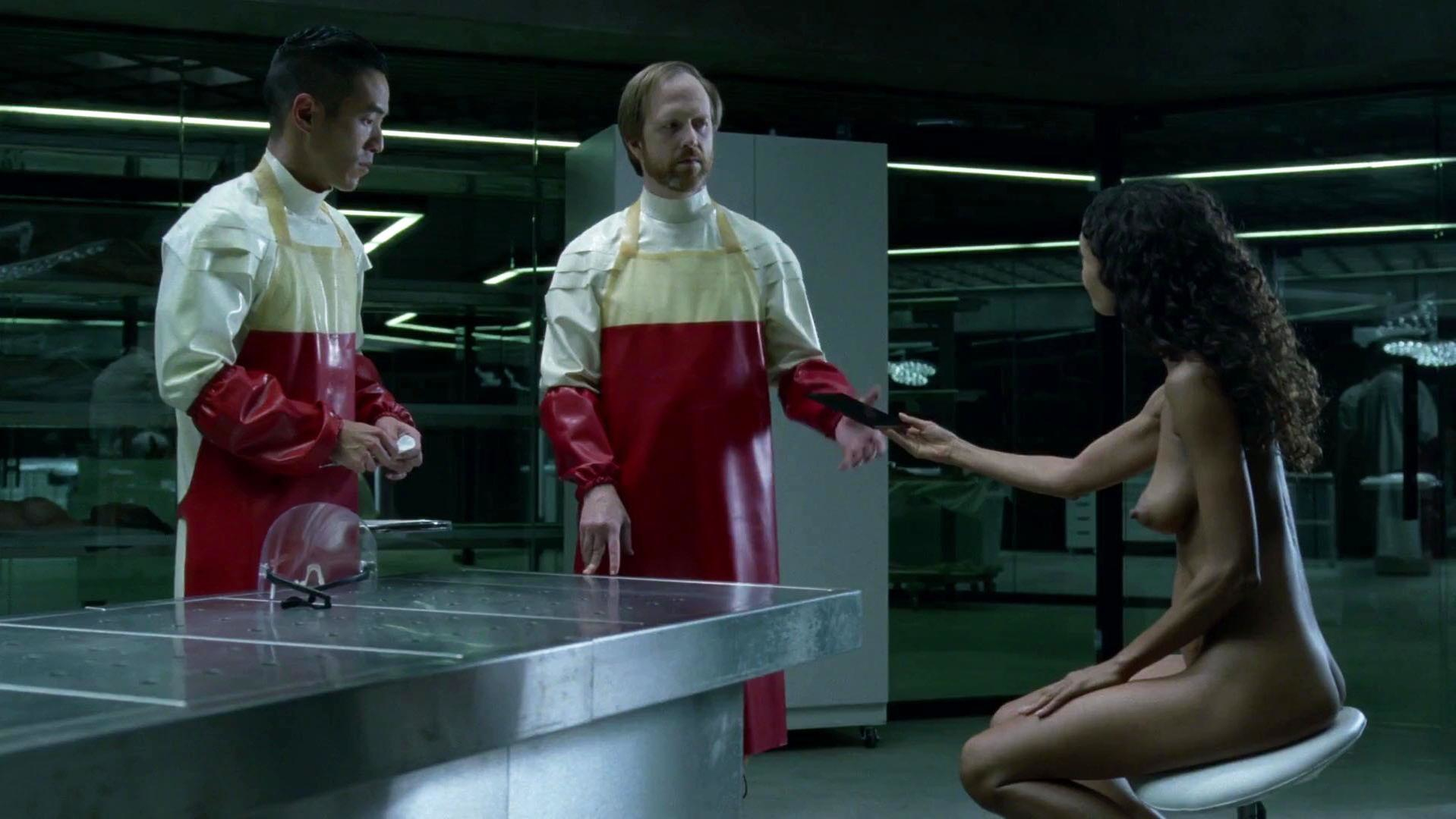 Thandie Newton nude - Westworld s01e06 (2016)